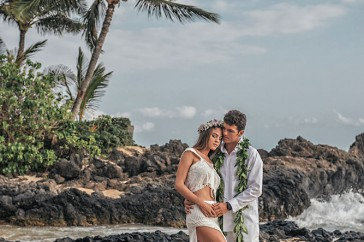 We Were Delighted To Capture Victor Beas Maui Beach Wedding Photography And Then A Few Months Later In Spain Photographing Their Big