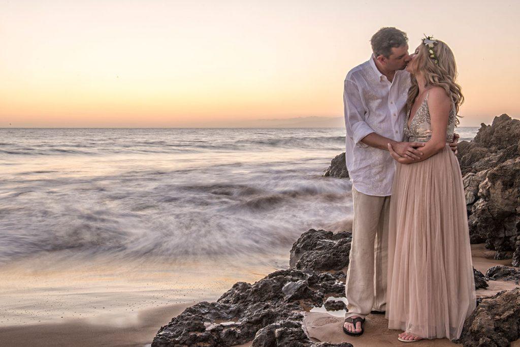 sunset wedding photography maui hawaii