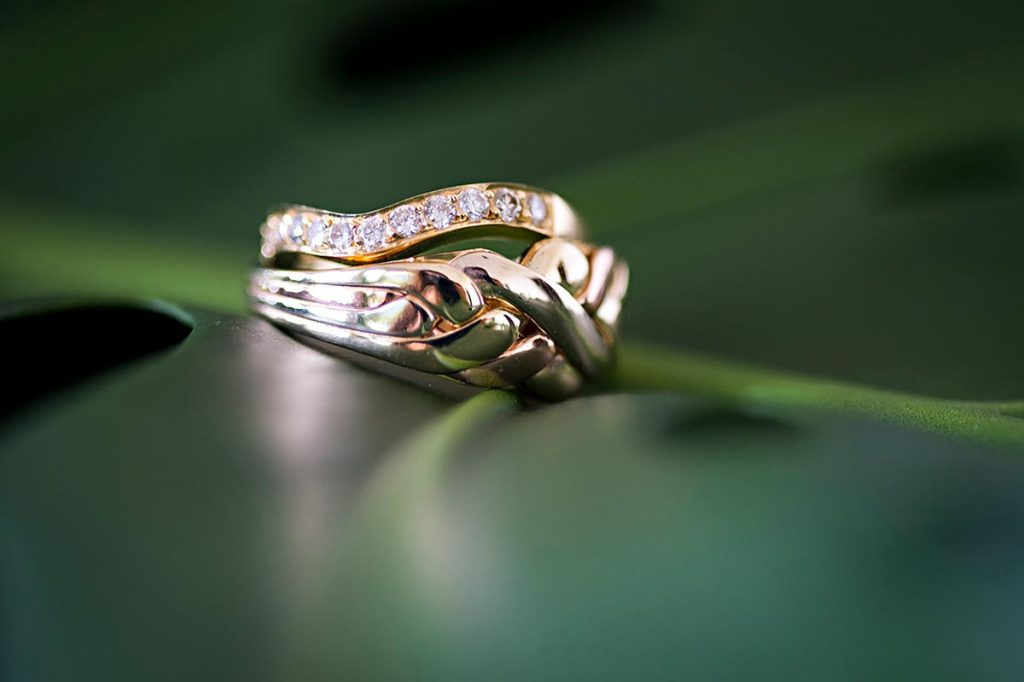 Olowalu-Plantation-House-Wedding-Rings