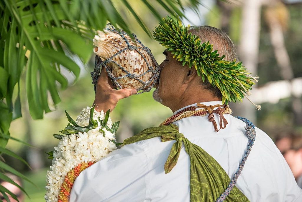 Olowalu Plantation House Wedding Maui Officiant