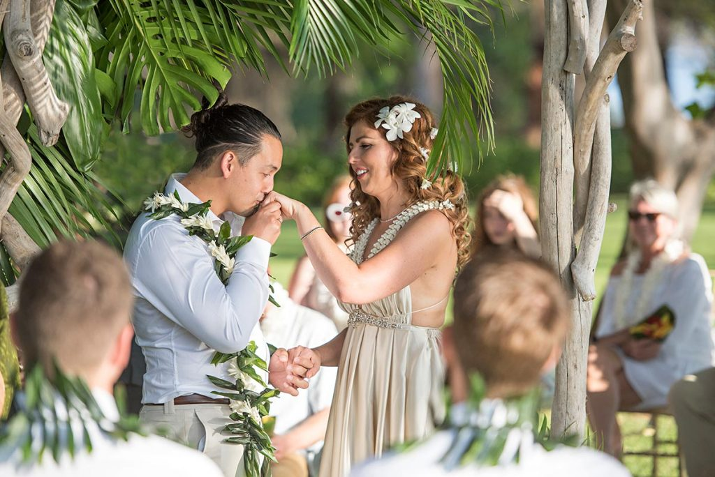 Olowalu Plantation House Wedding Photography by Amorphia Photography