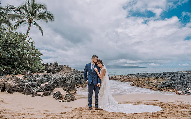 Best Maui Wedding Photographers